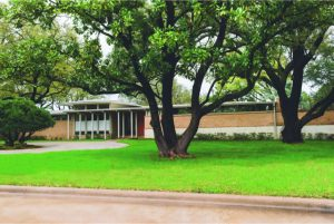 mid century modern home in texas