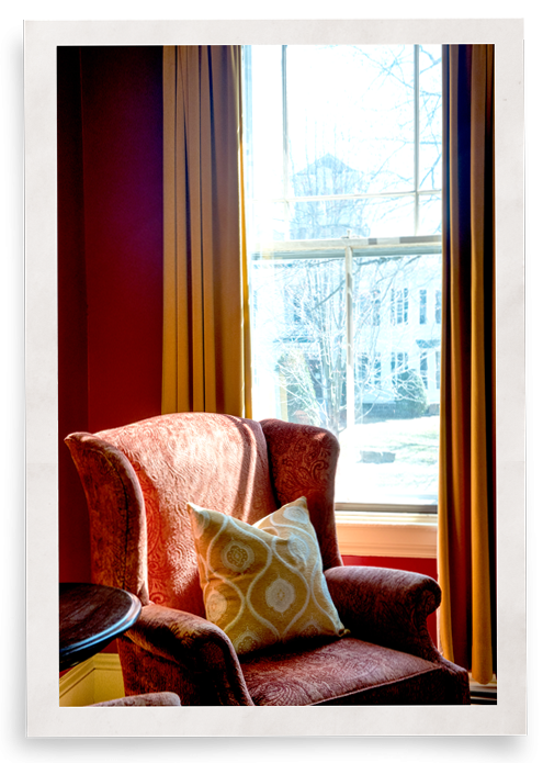 window heat insulation blocks hot air from seeping in through the windows