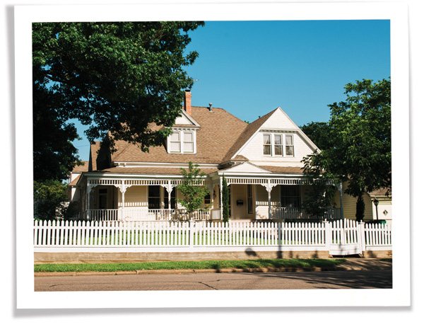 historic preservation texas - victorian style windows