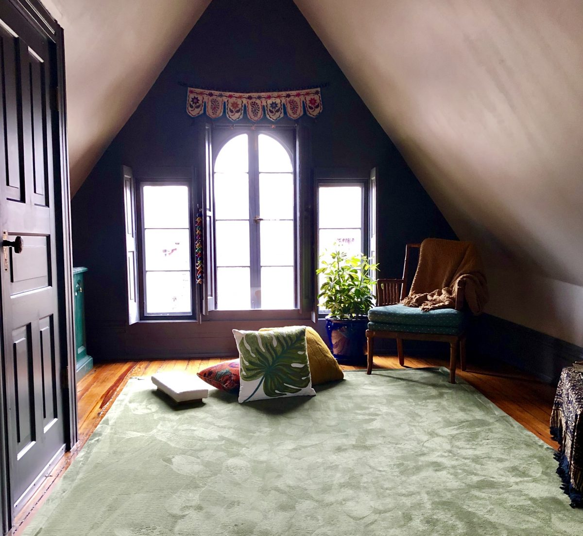 How to Design a Meditation Room - Indow Windows
